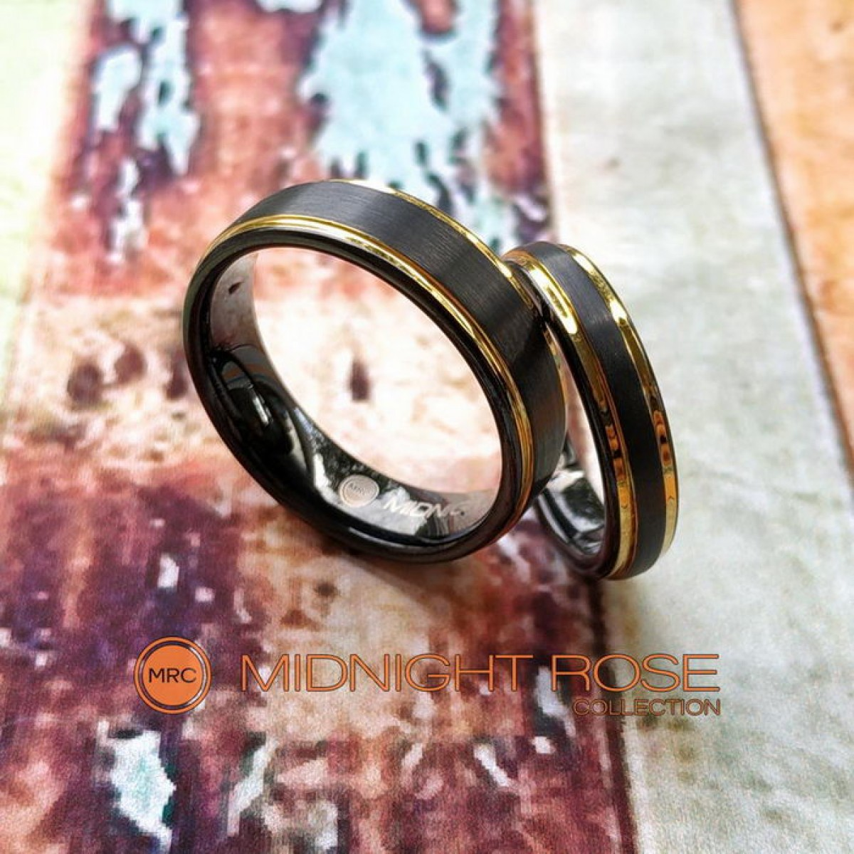 Черные обручальные вольфрамовые кольца фото