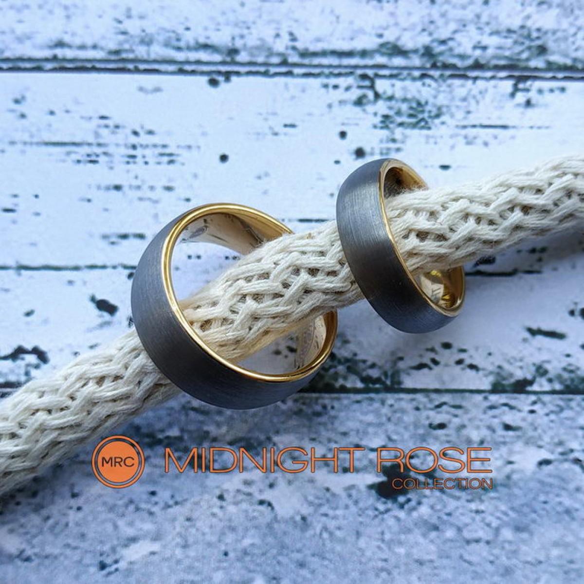Дизайнерские матовые обручальные кольца фото